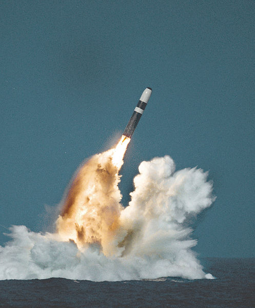 497px-Trident_II_missile_image.jpg