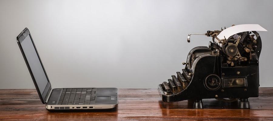 Typewriter_crop