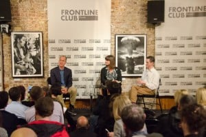 Peter Greste (left) and Andy Smith speak to Sue Turton, Frontline Club, 19 February 2015. Photo Richard Nield